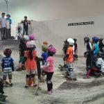不定期で開催されるスケート教室も人気