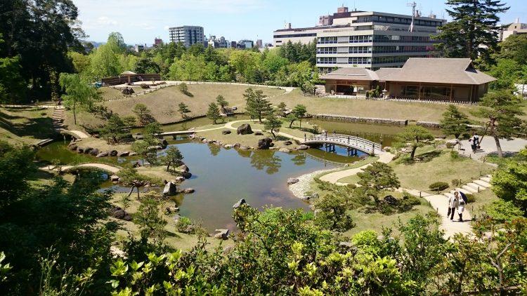 近年復元された玉泉院丸庭園
